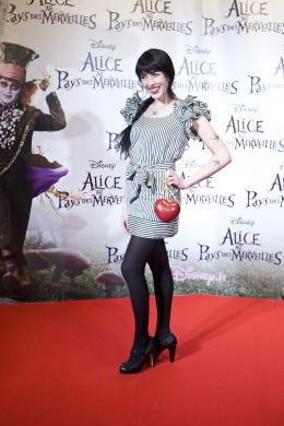 photo 476/527 - Nolwenn Leroy - Avant-premi�re � Paris (15 mars 2010) - Alice au pays des Merveilles - © Walt Disney Studios Motion Pictures France