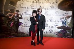 photo 493/527 - Helena Bonham Carter et Tim Burton - Avant-premi�re � Paris (15 mars 2010) - Alice au pays des Merveilles - © Walt Disney Studios Motion Pictures France