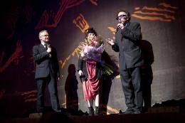 photo 518/527 - Helena Bonham Carter et Tim Burton - Avant-premi�re � Paris (15 mars 2010) - Alice au pays des Merveilles - © Walt Disney Studios Motion Pictures France