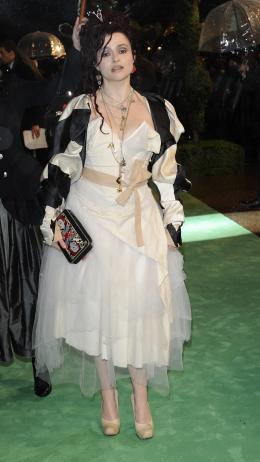 photo 324/527 - Helena Bonham Carter - Avant-premi�re royale � Londres (25 f�vrier 2010) - Alice au pays des Merveilles - © Walt Disney Studios Motion Pictures France