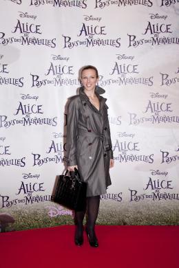 photo 478/527 - Lorie - Avant-premi�re � Paris (15 mars 2010) - Alice au pays des Merveilles - © Walt Disney Studios Motion Pictures France