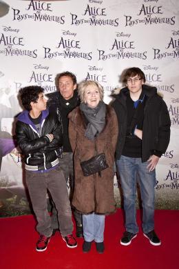 photo 475/527 - Fran�oise Laborde - Avant-premi�re � Paris (15 mars 2010) - Alice au pays des Merveilles - © Walt Disney Studios Motion Pictures France