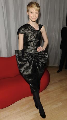 photo 149/527 - Mia Wasikowska - Avant-premi�re royale � Londres (25 f�vrier 2010) - Alice au pays des Merveilles - © Walt Disney Studios Motion Pictures France