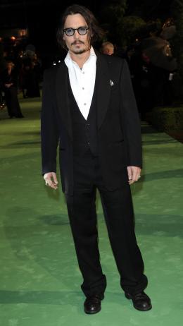 photo 228/527 - Johnny Depp - Avant-premi�re royale � Londres (25 f�vrier 2010) - Alice au pays des Merveilles - © Walt Disney Studios Motion Pictures France