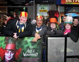 photo 393/527 - Avant-premi�re royale � Londres (25 f�vrier 2010) - Alice au pays des Merveilles - © Walt Disney Studios Motion Pictures France