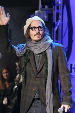 photo 427/527 - Johnny Depp - Ultimate Fan Event (25 fevrier 2010) - Alice au pays des Merveilles - © Walt Disney Studios Motion Pictures France