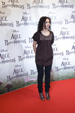 photo 474/527 - A�da Touihri - Avant-premi�re � Paris (15 mars 2010) - Alice au pays des Merveilles - © Walt Disney Studios Motion Pictures France