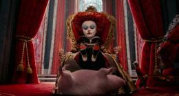 photo 33/527 - Helena Bonham Carter - Alice au pays des Merveilles - © Walt Disney Studios Motion Pictures France