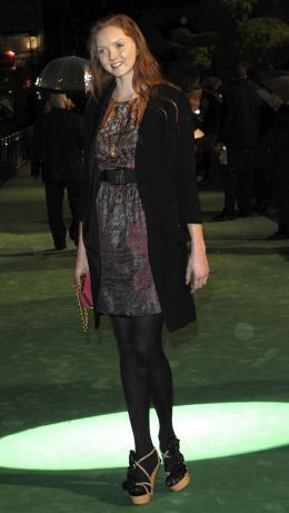 Lily Cole Avant-premi�re royale � Londres (25 f�vrier 2010) photo 2 sur 27