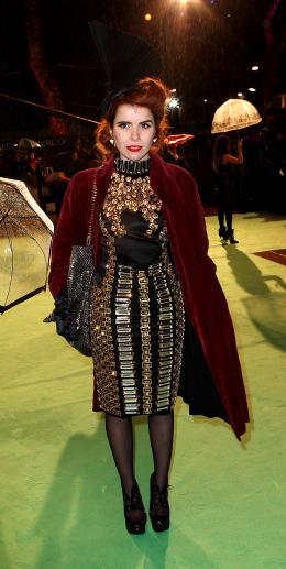 photo 371/527 - Paloma Faith - Avant-premi�re royale � Londres (25 f�vrier 2010) - Alice au pays des Merveilles - © Walt Disney Studios Motion Pictures France