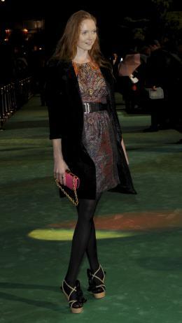 Lily Cole Avant-premi�re royale � Londres (25 f�vrier 2010) photo 8 sur 27