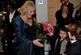 photo 334/527 - Camilla Parker Bowles - Avant-premi�re royale � Londres (25 f�vrier 2010) - Alice au pays des Merveilles - © Walt Disney Studios Motion Pictures France