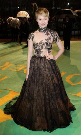 photo 105/527 - Mia Wasikowska - Avant-premi�re royale � Londres (25 f�vrier 2010) - Alice au pays des Merveilles - © Walt Disney Studios Motion Pictures France
