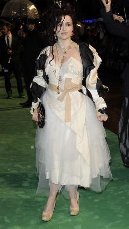 photo 321/527 - Helena Bonham Carter - Avant-premi�re royale � Londres (25 f�vrier 2010) - Alice au pays des Merveilles - © Walt Disney Studios Motion Pictures France