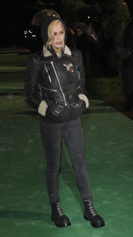 photo 286/527 - Alice Delal - Avant-premi�re royale � Londres (25 f�vrier 2010) - Alice au pays des Merveilles - © Walt Disney Studios Motion Pictures France