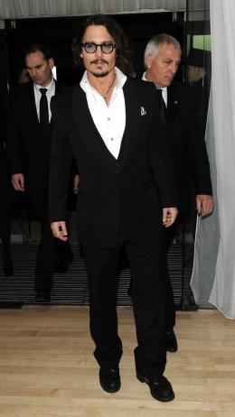 photo 176/527 - Johnny Depp - Avant-premi�re royale � Londres (25 f�vrier 2010) - Alice au pays des Merveilles - © Walt Disney Studios Motion Pictures France