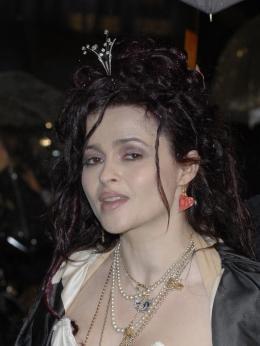 photo 303/527 - Helena Bonham Carter - Avant-premi�re royale � Londres (25 f�vrier 2010) - Alice au pays des Merveilles - © Walt Disney Studios Motion Pictures France