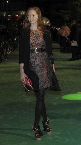 Lily Cole Avant-premi�re royale � Londres (25 f�vrier 2010) photo 7 sur 27