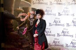 photo 512/527 - Helena Bonham Carter - Avant-premi�re � Paris (15 mars 2010) - Alice au pays des Merveilles - © Walt Disney Studios Motion Pictures France