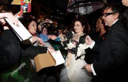 photo 335/527 - Helena Bonham Carter et Tim Burton - Avant-premi�re royale � Londres (25 f�vrier 2010) - Alice au pays des Merveilles - © Walt Disney Studios Motion Pictures France