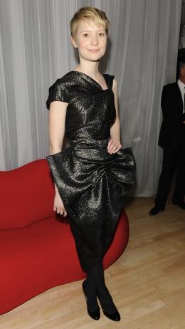 photo 163/527 - Mia Wasikowska - Avant-premi�re royale � Londres (25 f�vrier 2010) - Alice au pays des Merveilles - © Walt Disney Studios Motion Pictures France