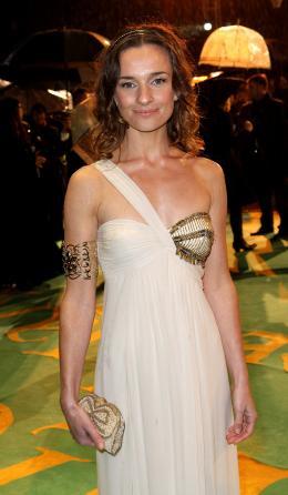 photo 120/527 - Gemma Powell - Avant-premi�re royale � Londres (25 f�vrier 2010) - Alice au pays des Merveilles - © Walt Disney Studios Motion Pictures France