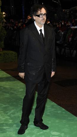 photo 289/527 - Tim Burton - Avant-premi�re royale � Londres (25 f�vrier 2010) - Alice au pays des Merveilles - © Walt Disney Studios Motion Pictures France