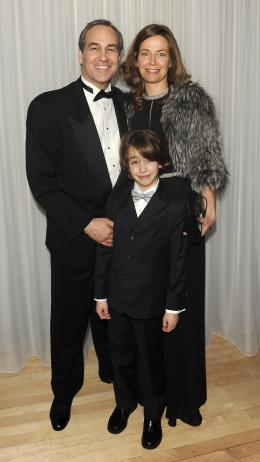 photo 153/527 - Daniel Frigo (Directeur Disney) Avant-premi�re royale � Londres (25 f�vrier 2010) - Alice au pays des Merveilles - © Walt Disney Studios Motion Pictures France