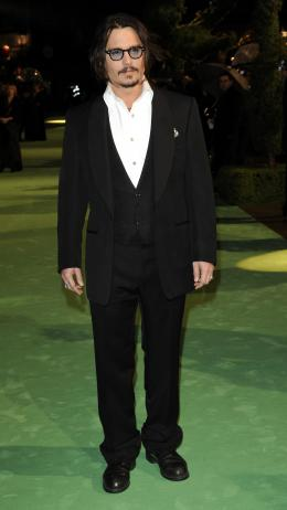 photo 206/527 - Johnny Depp - Avant-premi�re royale � Londres (25 f�vrier 2010) - Alice au pays des Merveilles - © Walt Disney Studios Motion Pictures France