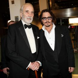 photo 403/527 - Christopher Lee et Johnny Depp - Avant-premi�re royale � Londres (25 f�vrier 2010) - Alice au pays des Merveilles - © Walt Disney Studios Motion Pictures France