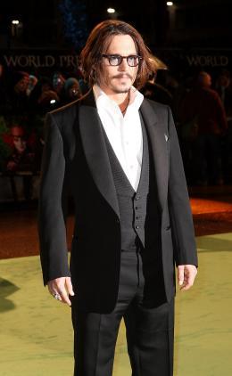 photo 114/527 - Johnny Depp - Avant-premi�re royale � Londres (25 f�vrier 2010) - Alice au pays des Merveilles - © Walt Disney Studios Motion Pictures France