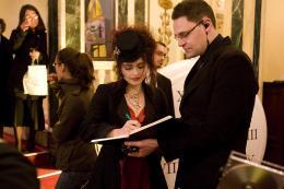 photo 501/527 - Helena Bonham Carter - Avant-premi�re � Paris (15 mars 2010) - Alice au pays des Merveilles - © Walt Disney Studios Motion Pictures France