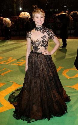 photo 395/527 - Mia Wasikowska - Avant-premi�re royale � Londres (25 f�vrier 2010) - Alice au pays des Merveilles - © Walt Disney Studios Motion Pictures France