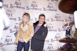 photo 491/527 - Nagui et sa compagne - Avant-premi�re � Paris (15 mars 2010) - Alice au pays des Merveilles - © Walt Disney Studios Motion Pictures France