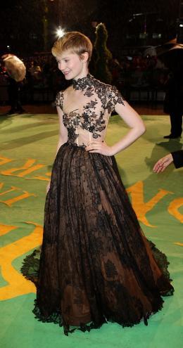 photo 138/527 - Mia Wasikowska - Avant-premi�re royale � Londres (25 f�vrier 2010) - Alice au pays des Merveilles - © Walt Disney Studios Motion Pictures France
