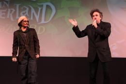 photo 469/527 - Johnny Depp et Tim Burton - Ultimate Fan Event (25 fevrier 2010) - Alice au pays des Merveilles - © Walt Disney Studios Motion Pictures France