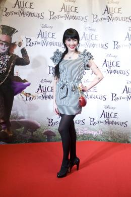 photo 477/527 - Nolwenn Leroy - Avant-premi�re � Paris (15 mars 2010) - Alice au pays des Merveilles - © Walt Disney Studios Motion Pictures France