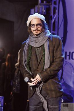 photo 419/527 - Johnny Depp - Ultimate Fan Event (25 fevrier 2010) - Alice au pays des Merveilles - © Walt Disney Studios Motion Pictures France