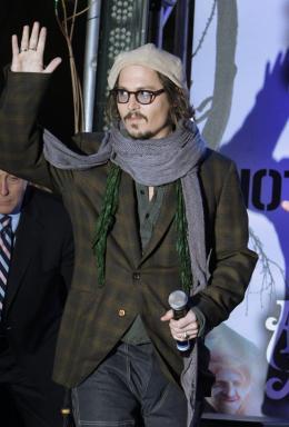 photo 451/527 - Johnny Depp - Ultimate Fan Event (25 fevrier 2010) - Alice au pays des Merveilles - © Walt Disney Studios Motion Pictures France