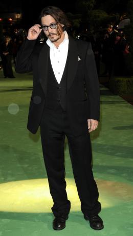 photo 264/527 - Johnny Depp - Avant-premi�re royale � Londres (25 f�vrier 2010) - Alice au pays des Merveilles - © Walt Disney Studios Motion Pictures France