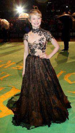 photo 136/527 - Mia Wasikowska - Avant-premi�re royale � Londres (25 f�vrier 2010) - Alice au pays des Merveilles - © Walt Disney Studios Motion Pictures France
