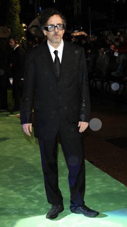 photo 295/527 - Tim Burton - Avant-premi�re royale � Londres (25 f�vrier 2010) - Alice au pays des Merveilles - © Walt Disney Studios Motion Pictures France