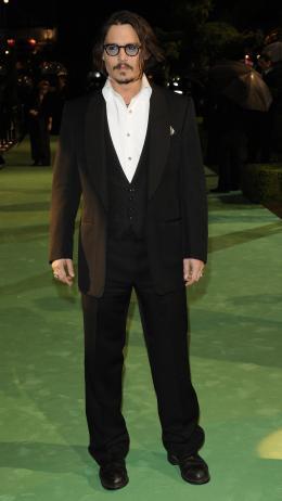 photo 221/527 - Johnny Depp - Avant-premi�re royale � Londres (25 f�vrier 2010) - Alice au pays des Merveilles - © Walt Disney Studios Motion Pictures France