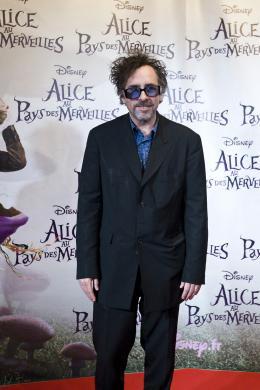 photo 479/527 - Tim Burton - Avant-premi�re � Paris (15 mars 2010) - Alice au pays des Merveilles - © Walt Disney Studios Motion Pictures France