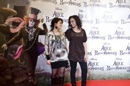 photo 483/527 - Louisy Joseph et  A�da Touihri - Avant-premi�re � Paris (15 mars 2010) - Alice au pays des Merveilles - © Walt Disney Studios Motion Pictures France