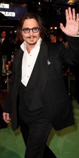photo 123/527 - Johnny Depp - Avant-premi�re royale � Londres (25 f�vrier 2010) - Alice au pays des Merveilles - © Walt Disney Studios Motion Pictures France