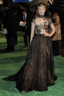 photo 271/527 - Mia Wasikowska - Avant-premi�re royale � Londres (25 f�vrier 2010) - Alice au pays des Merveilles - © Walt Disney Studios Motion Pictures France