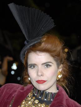 photo 309/527 - Paloma Faith - Avant-premi�re royale � Londres (25 f�vrier 2010) - Alice au pays des Merveilles - © Walt Disney Studios Motion Pictures France