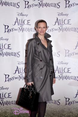 photo 499/527 - Lorie - Avant-premi�re � Paris (15 mars 2010) - Alice au pays des Merveilles - © Walt Disney Studios Motion Pictures France