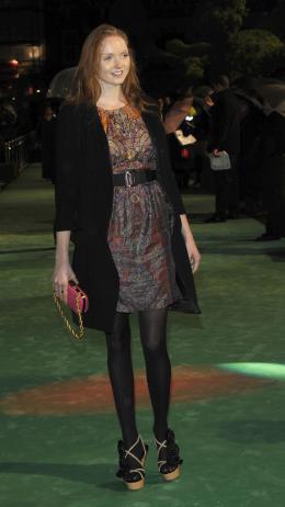 Lily Cole Avant-premi�re royale � Londres (25 f�vrier 2010) photo 4 sur 27